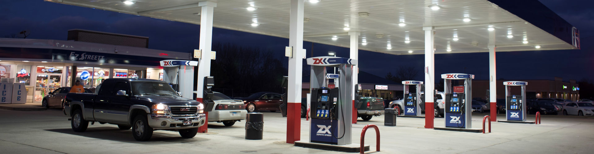 zx-gas-station-store-night